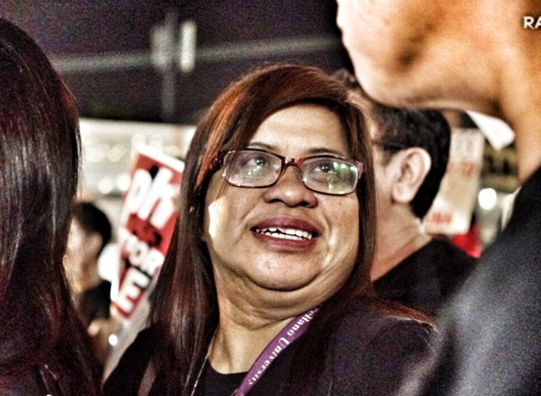 Jover Laurio not being TRANSPARENT about Kris Aquino's funding of @PinoyAkoBlog is dishonest!