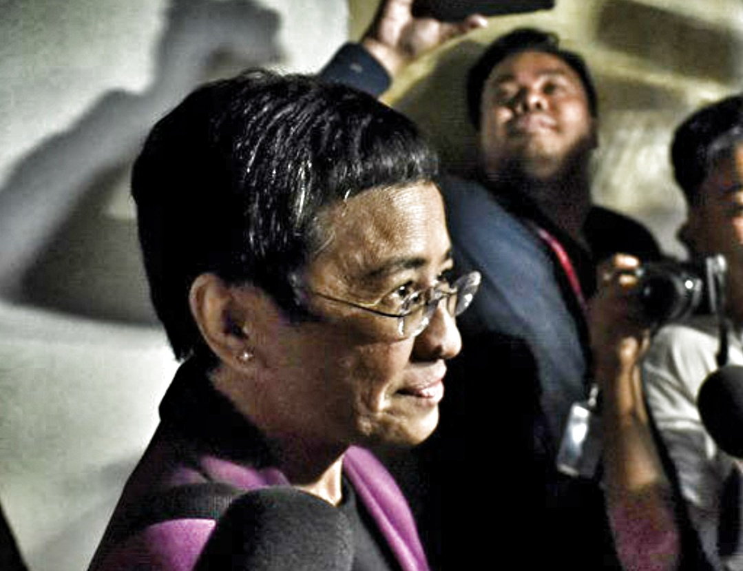 """Rappler hires EXPENSIVE lobbying firms to help Maria Ressa in """"foreign relations campaign against Duterte""""!"""